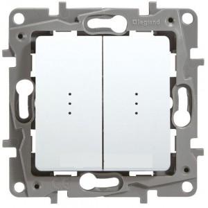 Выключатель двухклавишный с подсветкой белый Legrand серии Etika