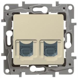 Розетка информационная двойная (компьютер+телефон) RJ11+RJ45 Cat. 5e UPT слоновая кость Legrand серии Etika